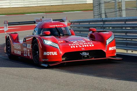 Nissan_GT-R_LM_NISMO_pre-season_testing_7.jpg